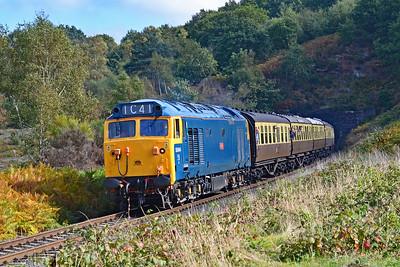 50044 'Exeter' 12:35 Kidderminster to Bridgnorth at Rifle Range Heath 4/10/18.