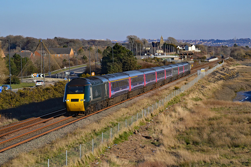 43194 & 43093 1Z28 1440 Cardiff Central to Carmarthen at Loughor 25/02/18.