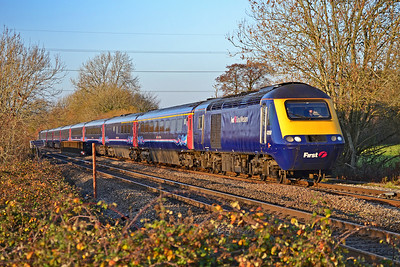 43158 & 43094 1L71 1429 Swansea to Paddington at Pontsarn 17/11/18.