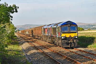 66718 6V32 1048 Tilbury International Rail Freight Terminal GB Railfreight to Trostre at Llangennech 15/5/19.