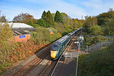 800306 1B20 0945 Paddington to Swansea at Llansamlet 28/10/19.