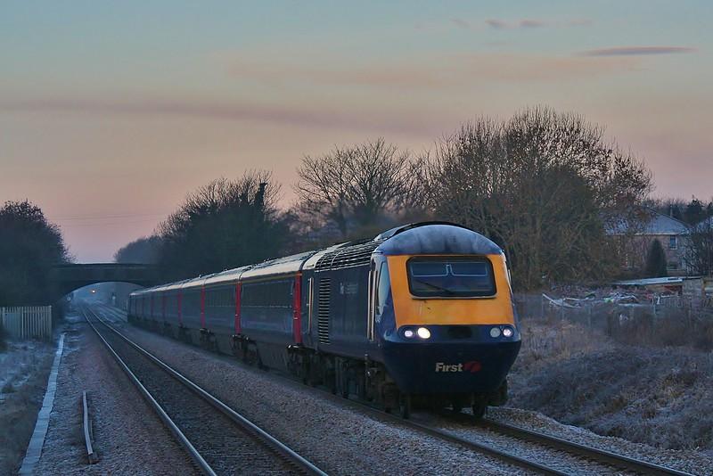 43148 & 43128 07:58 Swansea to London Paddington at Pyle 22/01/2011.