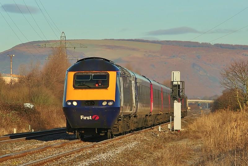 43071 & 43161 09:28 Swansea to London Paddington at Margam 22/01/2011.