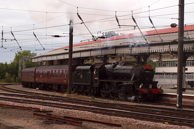 44932 arrives at York with the returning Scarborough Spa Express.