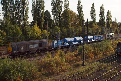 20305 and 20303 departing York with 3S21 RHTT circuit, 07/10/12.