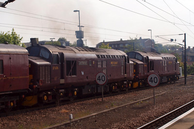 37706 and 37676 depart York. 05/05/11.