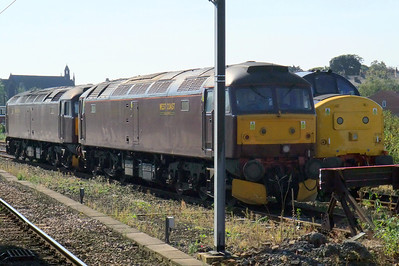 47760 and 47245 sit alongside DRS' 37194 at York.