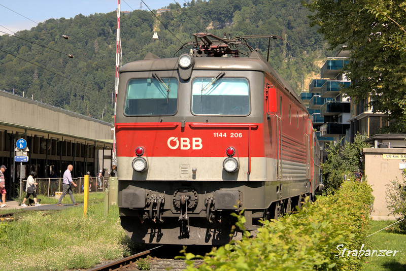 Bregenz, Austria  08/22/2017<br /> 1144 class (upgraded 1044) loco leaving Bregenz<br /> This work is licensed under a Creative Commons Attribution-<br /> NonCommercial 4.0 International License