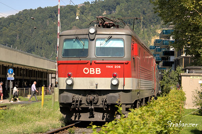 Bregenz, Austria  08/22/2017 1144 class (upgraded 1044) loco leaving Bregenz This work is licensed under a Creative Commons Attribution- NonCommercial 4.0 International License
