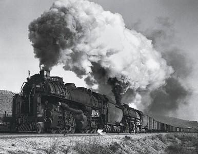 UP 2-8-8-0 3559 Helps 4-6-6-4 3801 (Dec. 7, 1946)