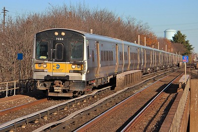 Penn Station Express at Floral Park