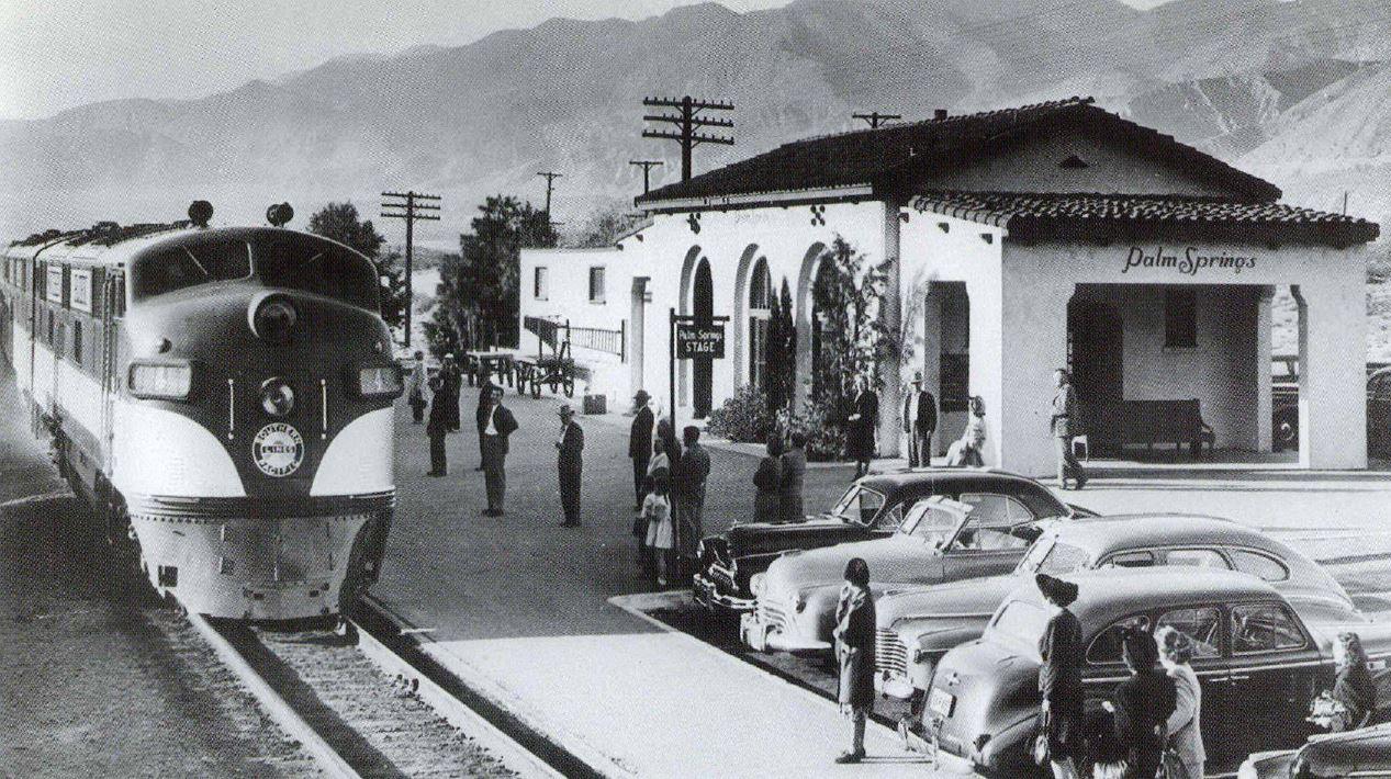 E7s Lead an SP Train at Palm Springs, California