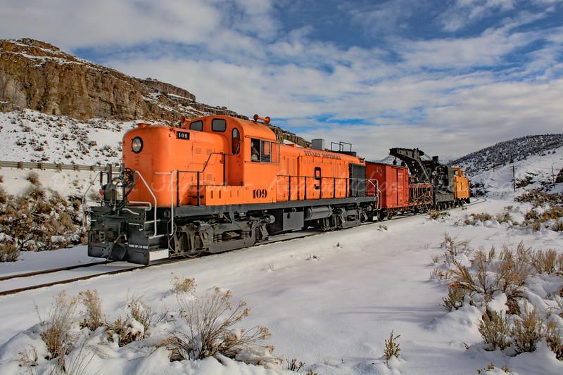 Diesel Locomotive with Wrecking Crane