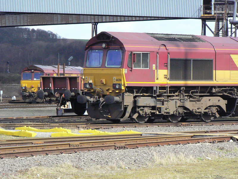 66206 and another 66 in Scunthorpe Anchor Sidings. Saturday 3rd April 2010.