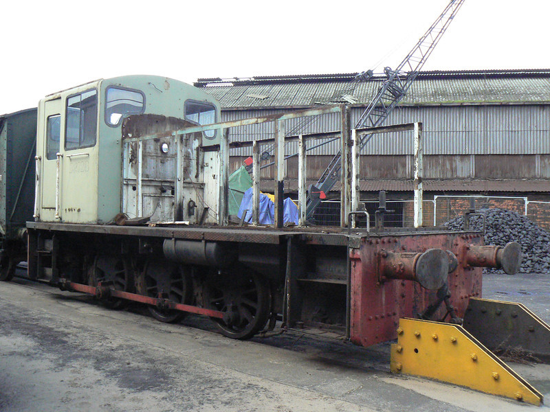 D2128, having been stripped back at the AFRPS Shed, Scunthorpe Steelworks. This was completely rebuilt over the coming years as 03901. Saturday 3rd April 2010.