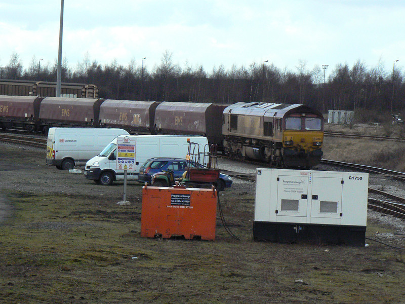 66204 on coal wagons in Scunthorpe Trent Yard. Saturday 3rd April 2010.
