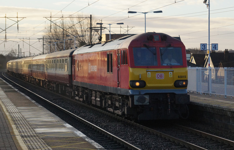 92015 heads North through Knebworth with 1Z50 Kings Cross to Stocksbridge Works UK Railtour. Sat 28th December 2013.