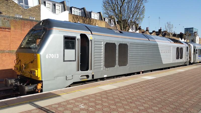 67013 at London Marylebone before working the 17:15 Marylebone - Kidderminster. Wednesday 15th April 2015.