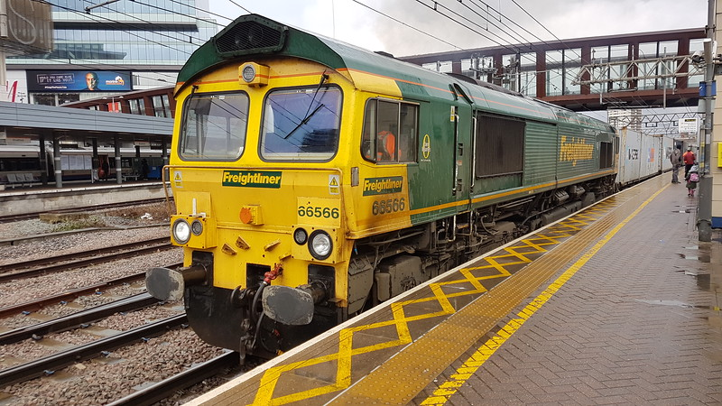 66566 at Stratford on a Felixstowe to Ditton intermodal. Monday 12th March 2018.