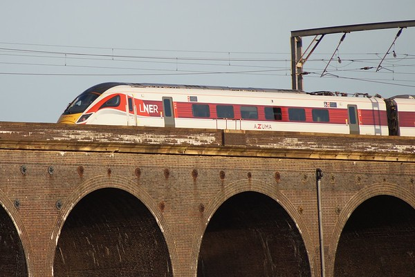 800111 crosses Welwyn Viaduct with 1A46 18:15 Leeds to London Kings Cross. Thursday 4th July 2019.