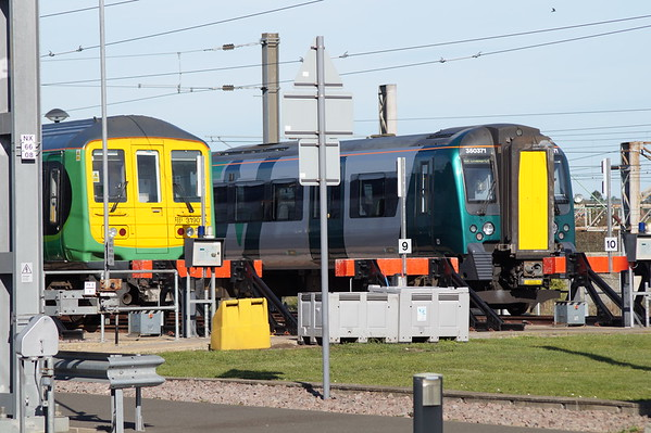 319013 and 350371 in the yards at Northampton Siemen's depot Open Day as part of Rail Week. Saturday 13th October 2018.