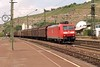 3 May 2004 :: With vineyards in the background, DB 185 149  is leading a freight train through Esslingen