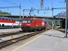 17 May 2004 :: HGe 4/4II, 101 961-1 in standard SBB Brunig livery is running round its train at Interlaken Ost and will form the next train to Luzern