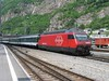 22 May 2004 :: Class Re 460, no 460 077-1 is seen arriving into Brig Station
