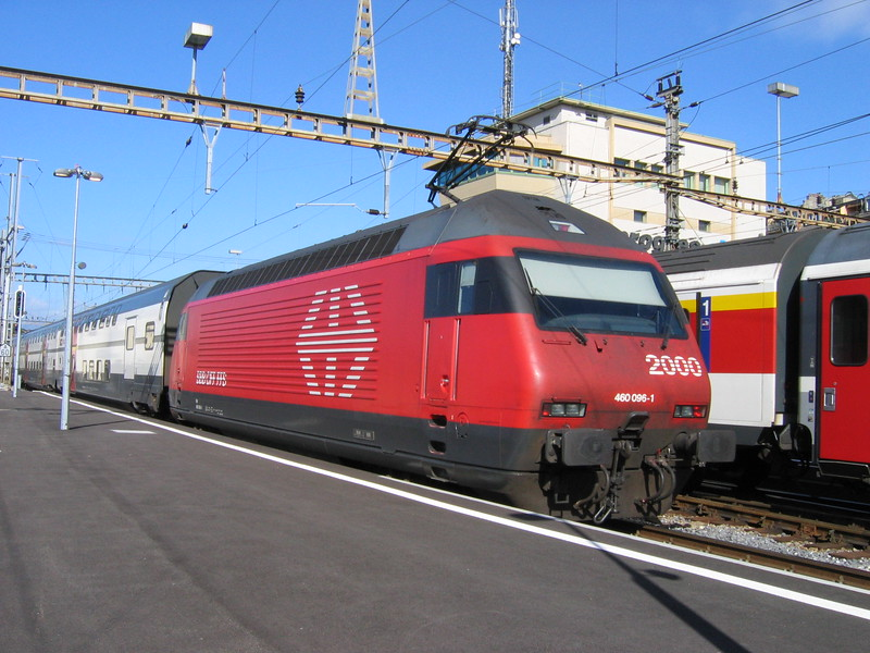 22 September 2004 :: SBB 460 096 at Lausanne