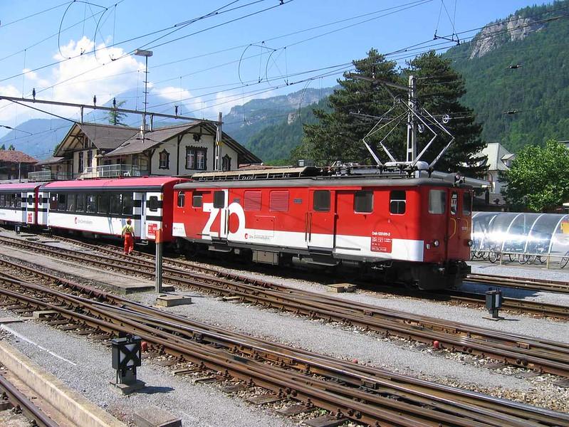 19 June 2005 :: Die Zentralbahn (ZB) Deh 120 011 at Meiringen