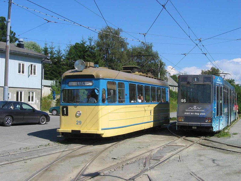 29 July 2006 :: Trams at Trondheim
