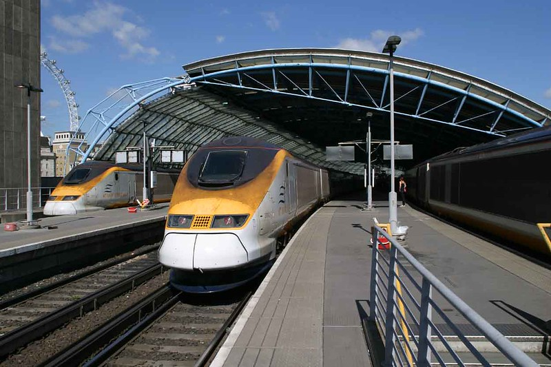 11 September 2007 :: A common place to begin a trip to Europe.  Waterloo International Station.  Eurostar Class 373 010 will form the 1240 to Brussels