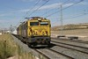 28 September 2007 ::  269 853 leads an intermodal train through Villasequilla