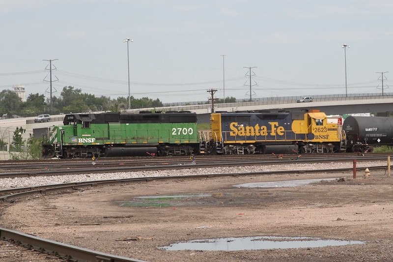 13 June 2007 ::  Denver<br /> BNSF GP39-2 no. 2700<br /> Santa Fe CF 7 no. 2623