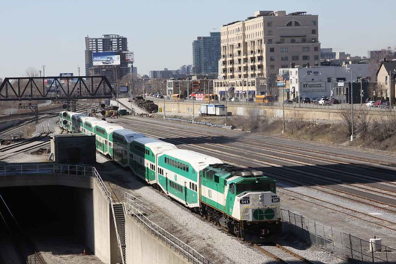 24 March 2010 :: GO General Motors EMD F59PH no. 541 on a train of double deck coaches at Toronto