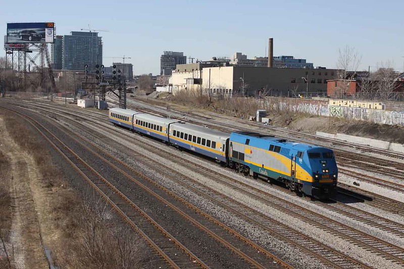 24 March 2010 :: Via Rail P42DC No. 906 is eastbound approaching Toronto