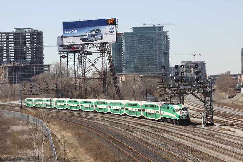 GO MP40 No. 601 on the outskirts of Toronto with a train for Toronto Union Station