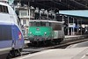 18 June 2010 :: Fret liveried 525179 has been untied from the train at Lyon Perrache