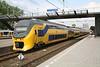 28 April 2011 :: An NS 8600 / 8700 unit at Rotterdam Central