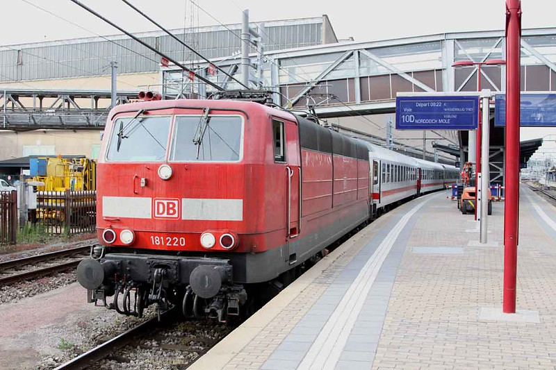 15 May 2011 :: DB 181 220 at Luxembourg with the 0820 to Norddeich Mole