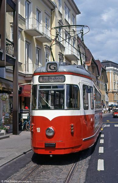 Gmunden 10 at Franz Josef Platz on 11th August 1992.