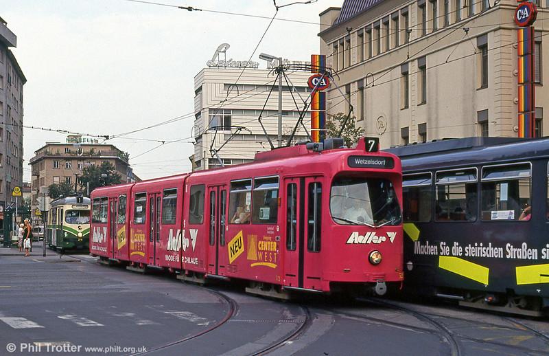 Car 522 near the Hauptbahnhof on 13th August 1992.