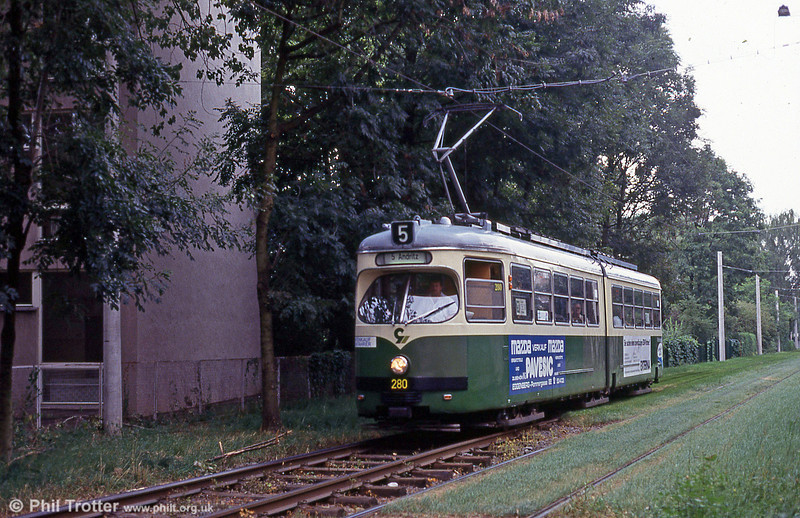 Graz 280 in original livery at Andritz on 13th August 1992.
