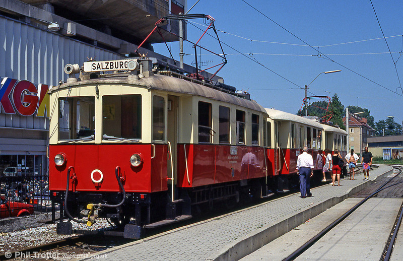 Vintage Salzburg Lokalbahn car ET7 - built by MAN in 1907 - at Salzburg Lokalbahnhof on 9th August 1992.