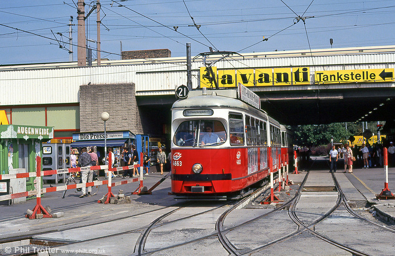 Car 4633 at Wien Nord on 14th August 1992.