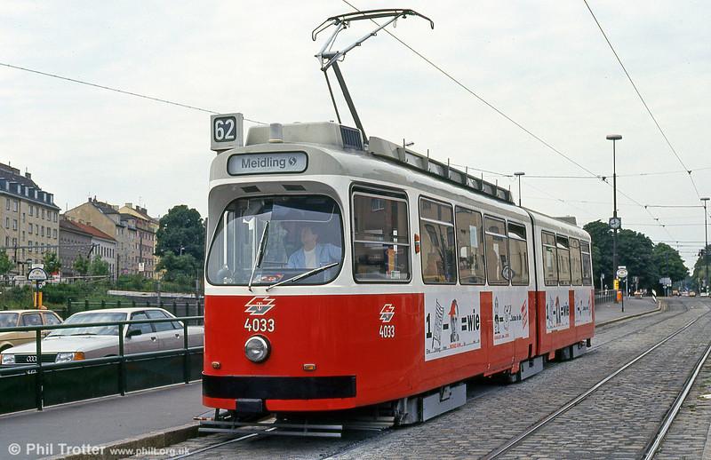 Car 4033 at Philadelphiabrücke on 15th August 1992.