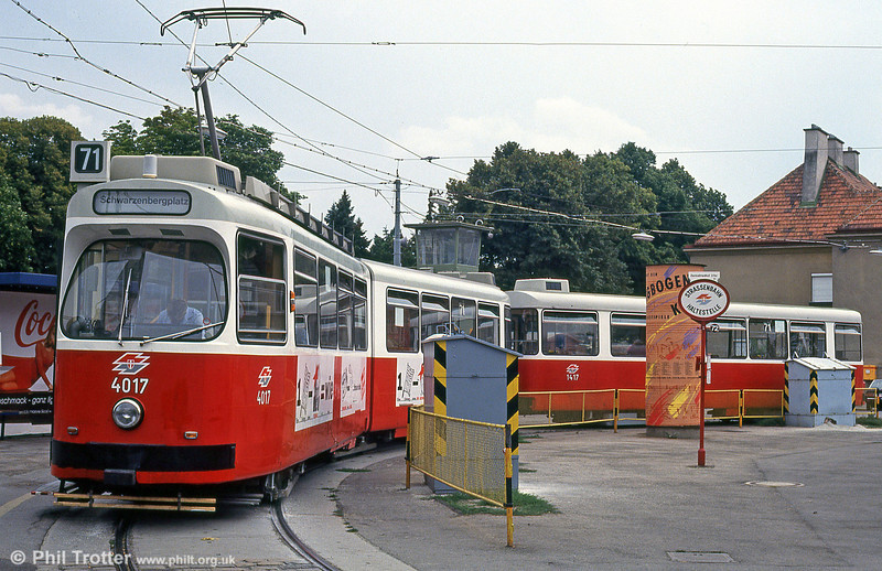 Car 4017 at Zentralfriedhof on 15th August 1992.