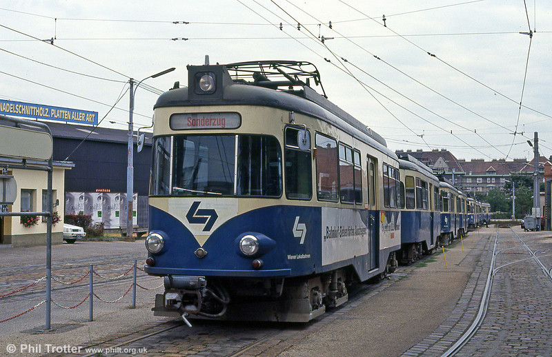 Vienna Lokalbahn 16 at Wolfganggasse depot on 15th August 1992. Built in 1958, this was a former Koln-Bonn (KVB) car.