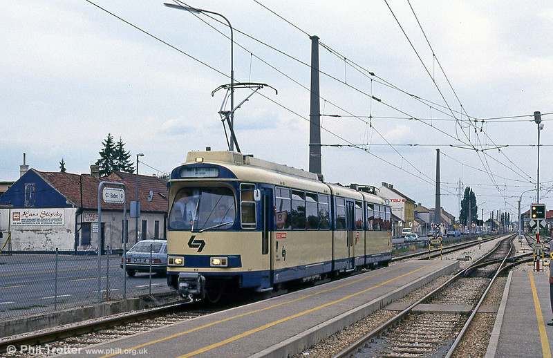 WLB car 117 at Vosendorf on 15th August 1992.