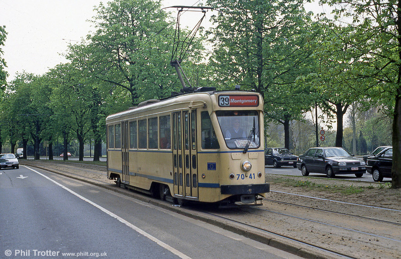 Car 7041 at Woluwe on 14th April 1994.